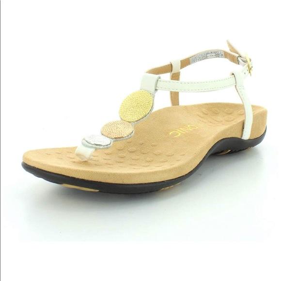 c361fae8bb60 Vionic White T-Strap Comfy Sandals. M 5b7c560674359b9dfdbe81f6